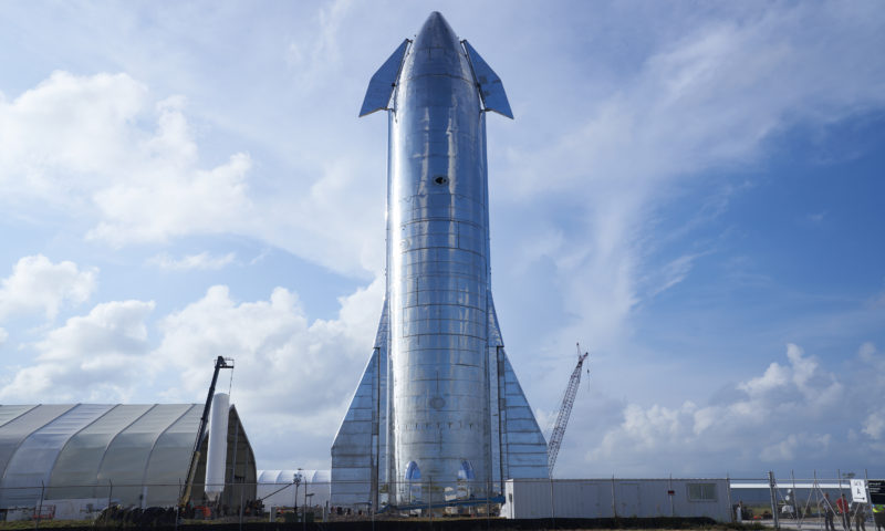 Elon Musk tells SpaceX to double down on the development of the starship